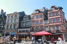 Rouen cafes